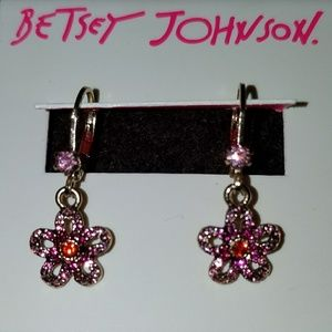 Betsey Johnson Flower earrings